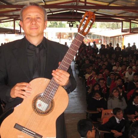 Acuitzio del Canje_Mexico 2013 (2)