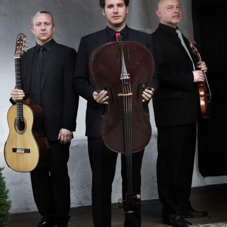 EPIPHONUS Camerata Trio (4)