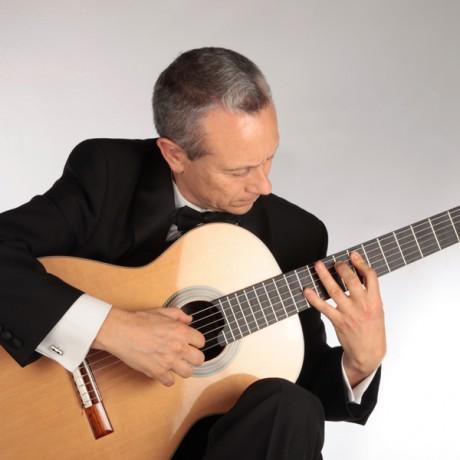 Eduardo-Pascual_Guitarras-Alhambra-2013-(1)