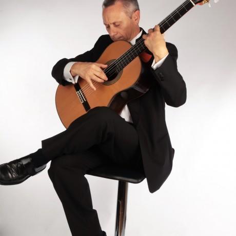 Eduardo-Pascual_Guitarras-Alhambra-2013-(4)
