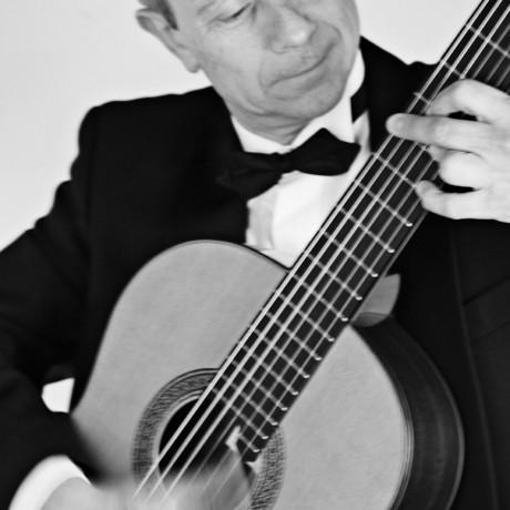 Eduardo-Pascual_Guitarras-Alhambra-2013-(5)