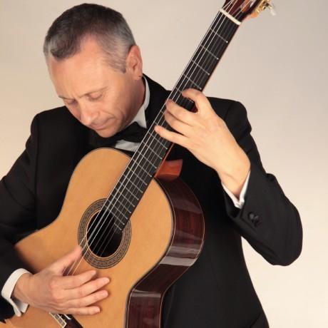 Eduardo-Pascual_Guitarras-Alhambra-2013-(6)